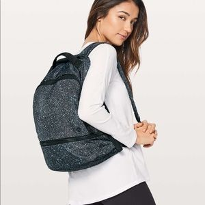 Lululemon City Adventurer backpack 17L